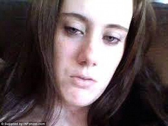 2A67D6F400000578-3156072-White_Widow_British_born_Samantha_Lewthwaite_pictured_the_widow_-a-40_1436533468082